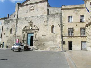 ArlesSquare